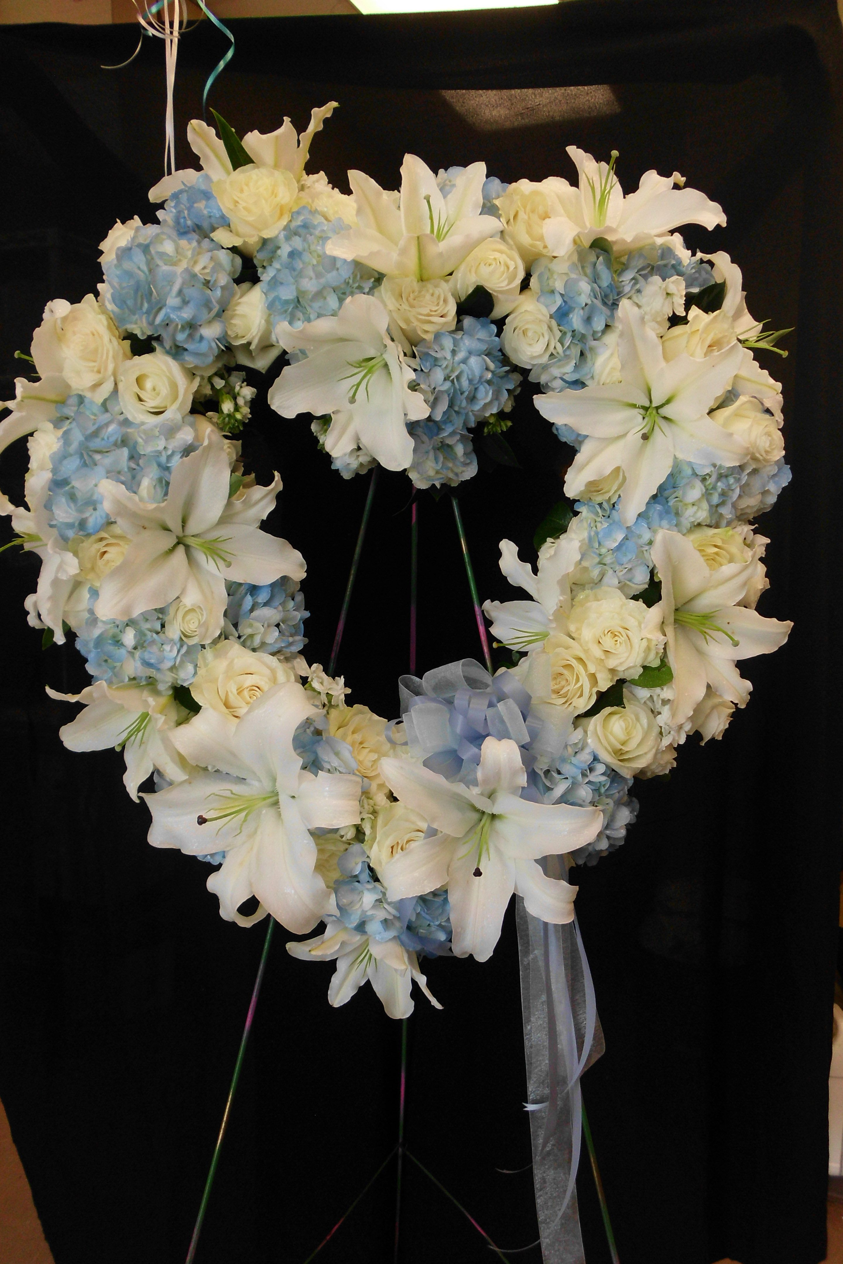 Heart wreath for a special child howardbrothersflorist heart wreath for a special child howardbrothersflorist izmirmasajfo