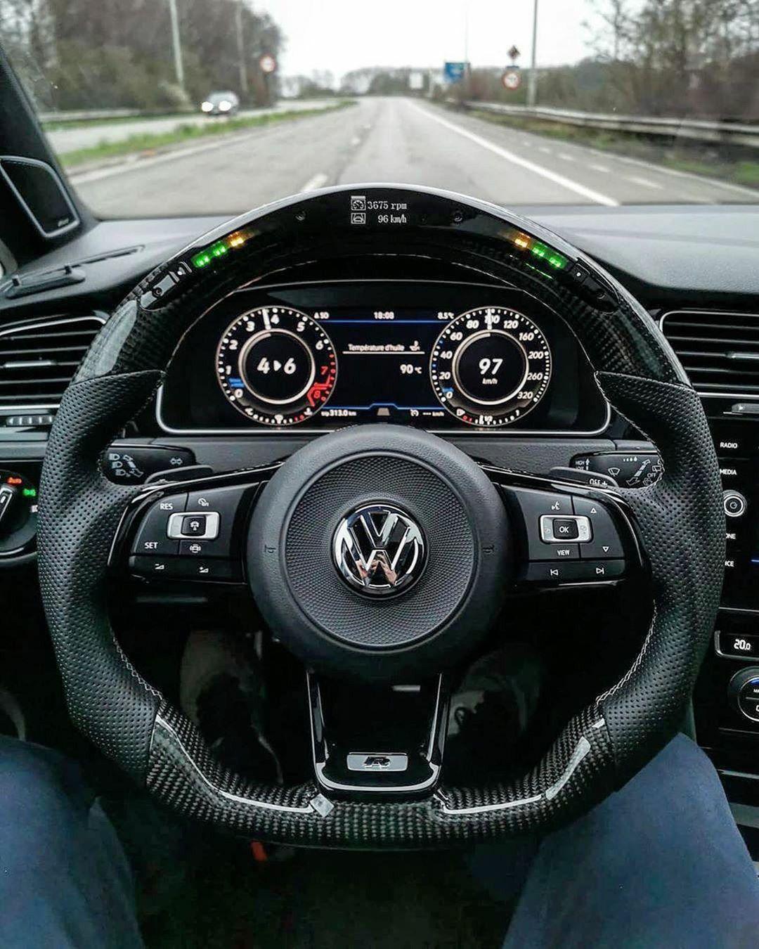 Pin De Andrei Bogdan Em Cars Em 2020 Carros De Luxo Motos De Rua Super Carros
