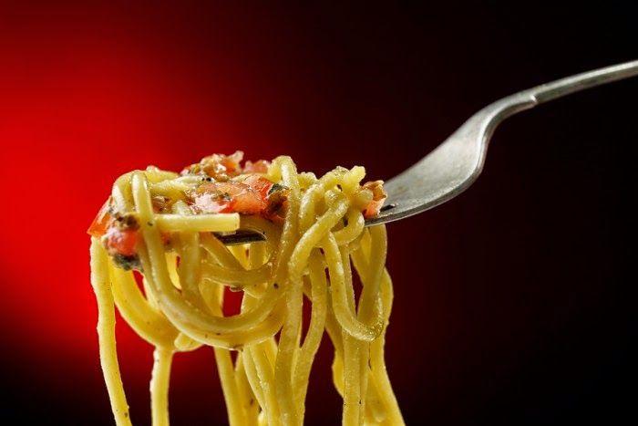 EPIRUS TV NEWS: Τι θα κερδίσετε αν τρώτε τα μακαρόνια κρύα!