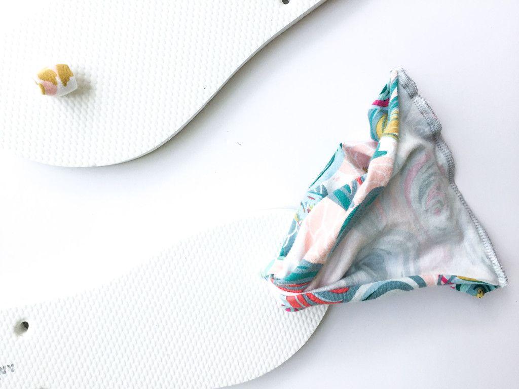 9c8e7e19cbcc6 Sling Back Flip Flop Tutorial DIY    SewCaroline.com