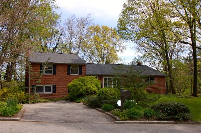 HOME FOR SALE- ENTOURAGE ELITE REAL ESTATE- 1248 GREENTREE LANE, PENN VALLEY, PA 19072  SHORT COMMUTE TO CITY; FINISHED LOWER LEVEL WALK-OUT & HARDWOOD FLOORS