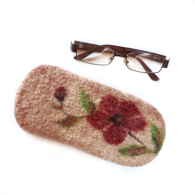 e52b30779e00 Felted wool eyeglasses case, watercolor sunglasses reading glasses  spectacles case Glasses pouch Handmade felt case gift Soft glasses cover