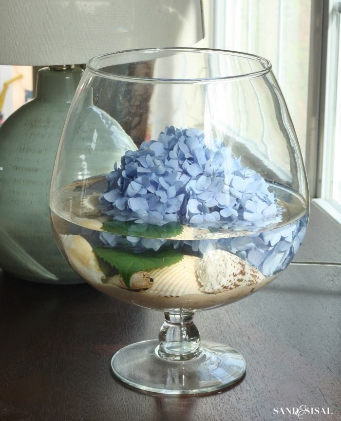 Coastal Hydrangea Flower Arrangement More Creative Ways To Arrange Hydrangeas
