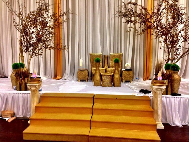 Traditional English Wedding Gifts: Authentic Traditional Wedding! Royal! Gold Decorations
