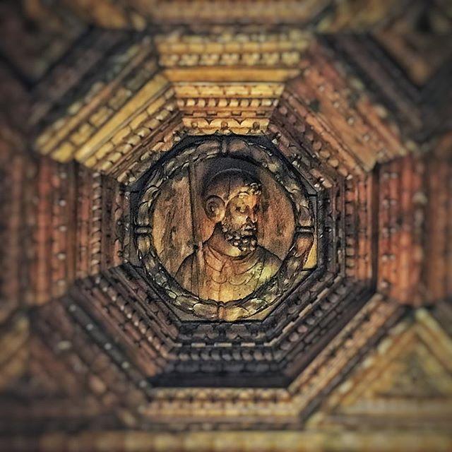 Monasterio de Uclés: artesonado refectorio.jpg (640×640)