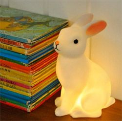 Mini Lampe Veilleuse Lapin dans le kidstore Bianca and Family
