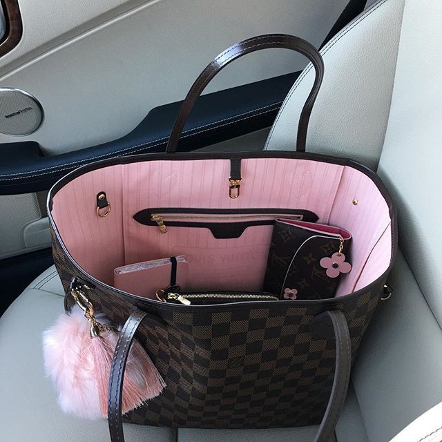 Bags & Handbag Trends : Fashion Trendy, Louis Vuitton Monogram Neverfull Handbags Classic LV Always Be t… #louisvuittonhandbags
