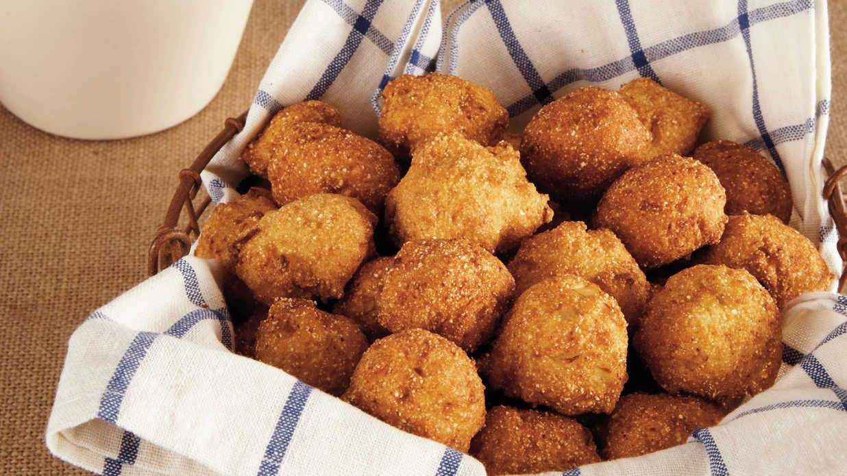 Serve These Hush Puppies Alongside A Barbecue Feast And Dip Them In Tartar Sauce For A Wonderfully Tangy Flavor Hush Puppies Recipe Recipes Dog Food Recipes