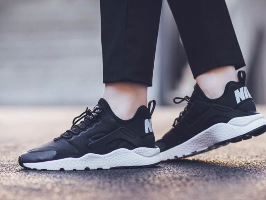 chaussure marche femme nike