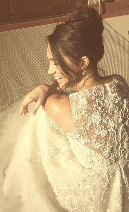 Here S An Exclusive Sneak K At I Suits Star Rachel Zane Wedding Dress