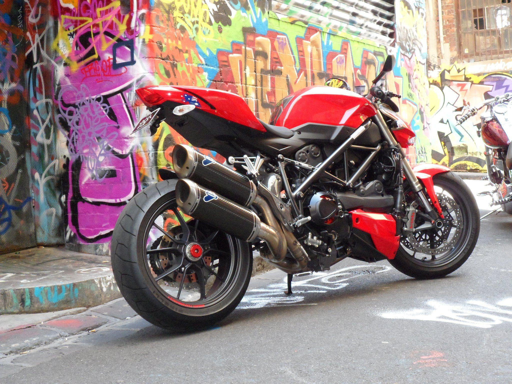 Ride Review: Ducati Streetfighter 848 - Asphalt & Rubber