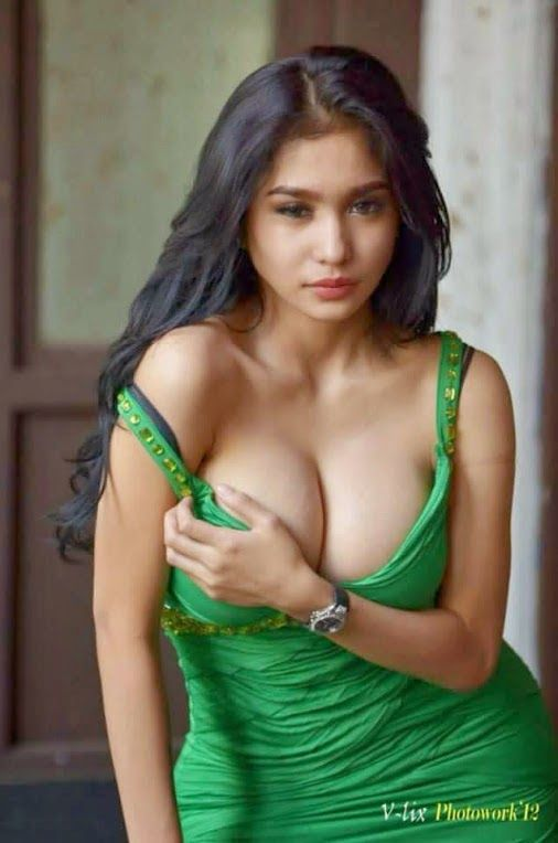 Beauty Of World Desi Garam Ladkiyan