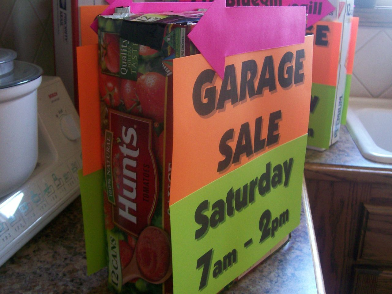 How to Make Cheap, Easy and Wind-Proof Garage Sale Signs | MeckMom ...