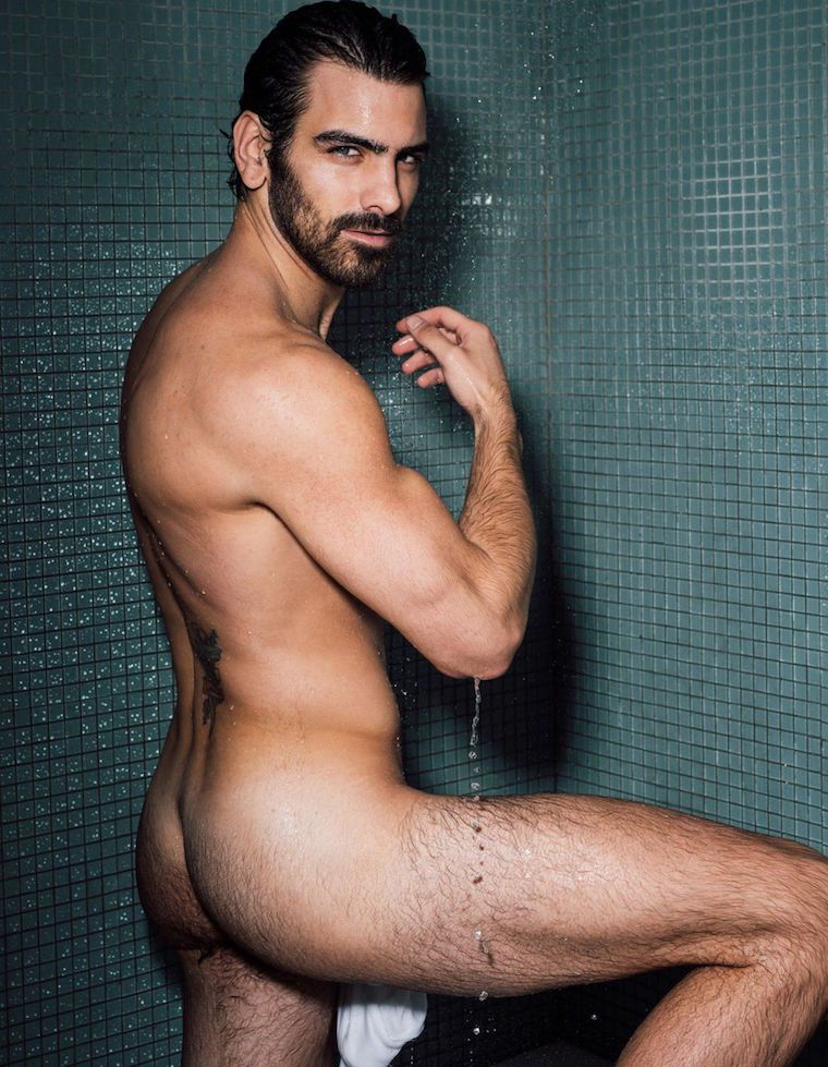 Nyle DiMarco Gets Naked ...
