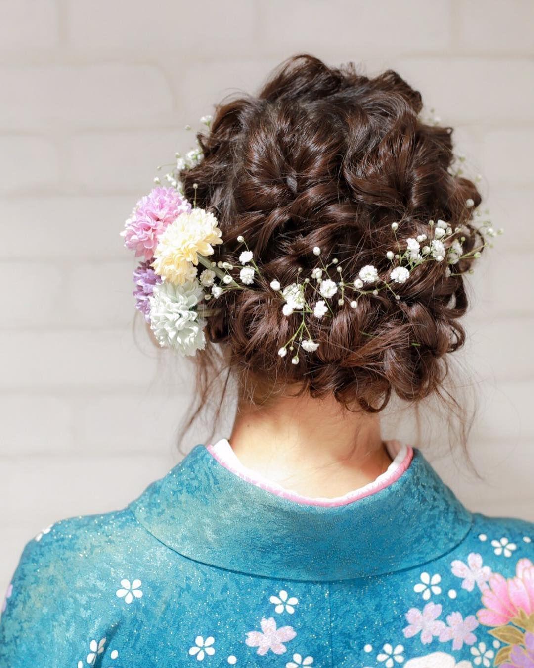 和装にも合うかすみ草の ブライダルヘア 髪型 まとめ Marry マリー 成人式 ヘアスタイル 編み込み ウェディング ヘアスタイル 成人式 髪型 アップ