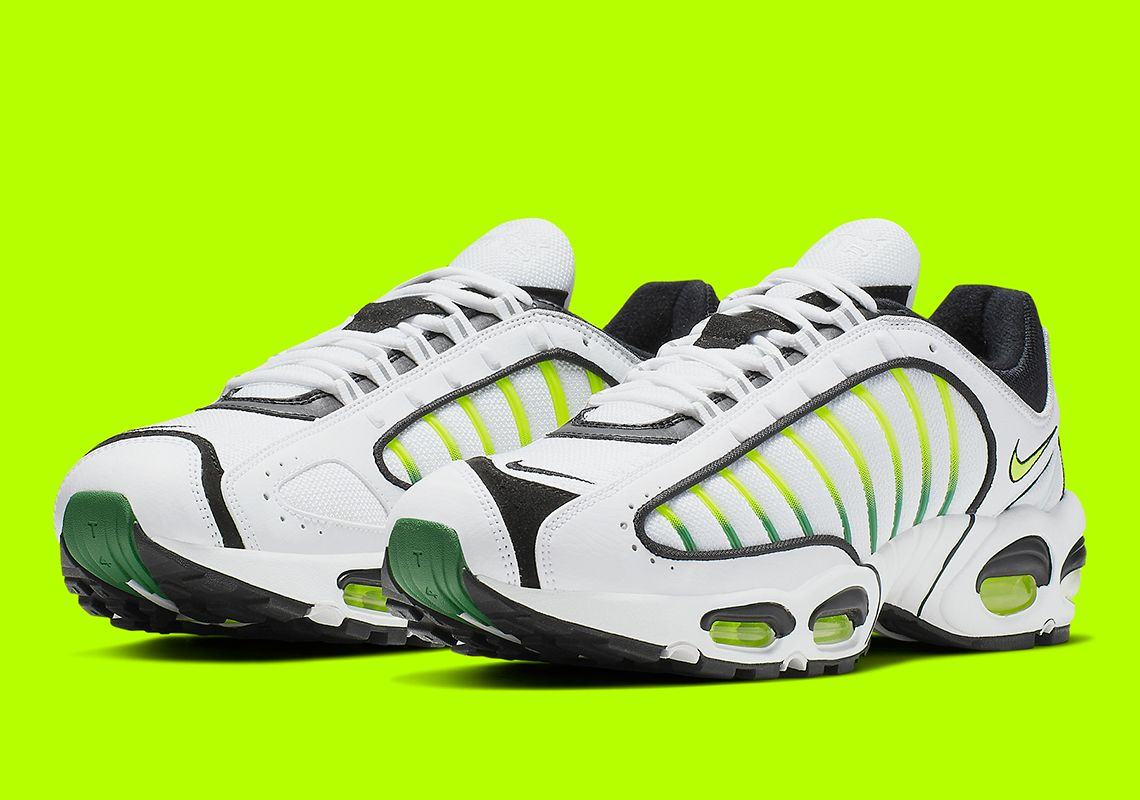 Nikes Air Max Tailwind IV Is Returning In The OG Volt