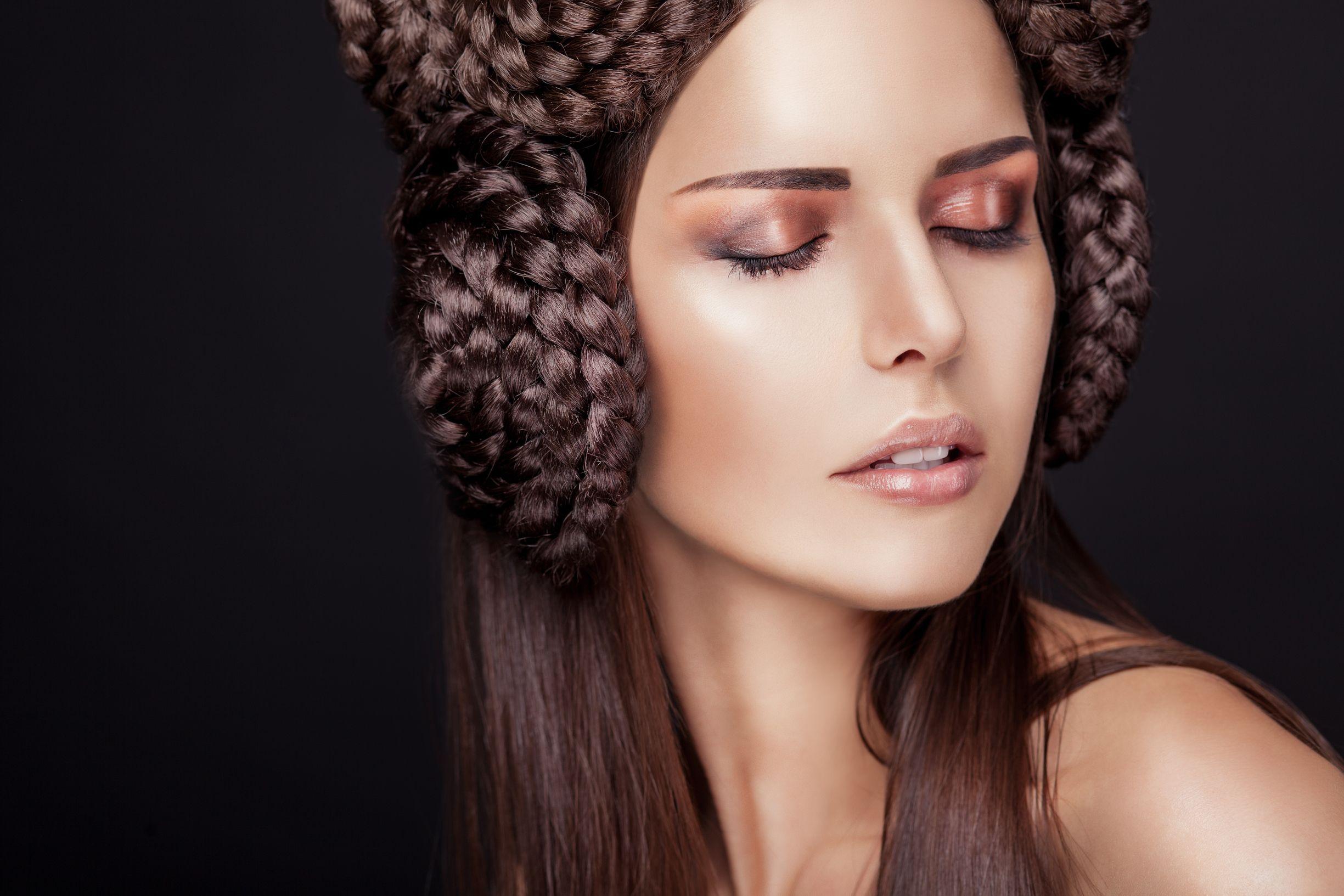 картинки красивого плетения волос стихами день рождения