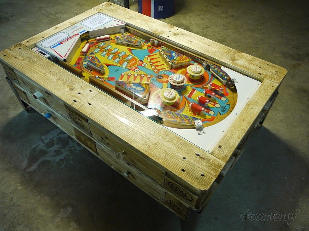 Muebles de palets mesa de caf con pinball integrado de for Pinball de mesa