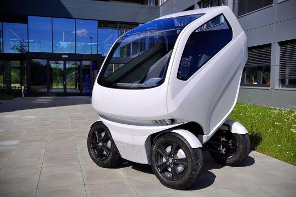 Este Pequeño Coche Eléctrico Puede Conducir De Lado Y Reducir Su Tamaño Coche Eléctrico Auto Electrico Vehiculo Electrico
