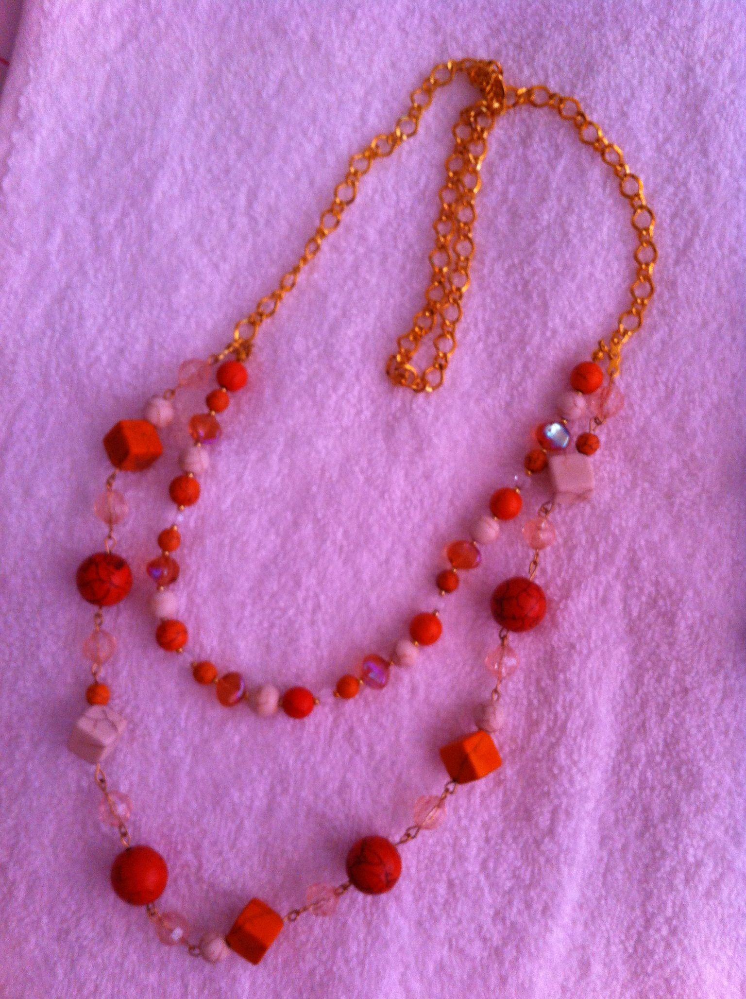 Uno de mis primeros inventos, me encanta el color naranja.
