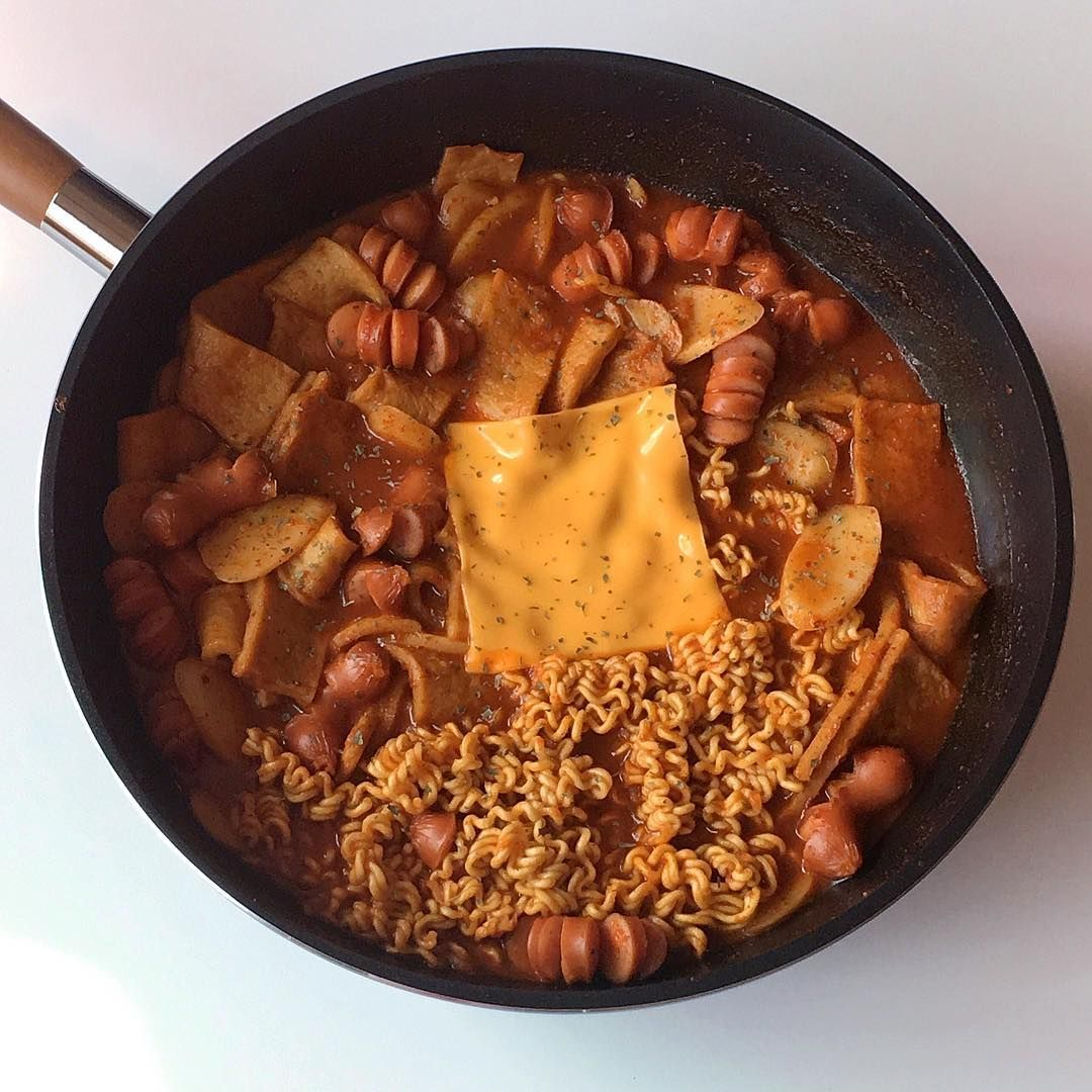 Trong Hinh ảnh Co Thể Co 1 Người Mon ăn Va Trong Nha Trong 2020 Thức ăn Mon Han Va đồ ăn Quyến Rũ
