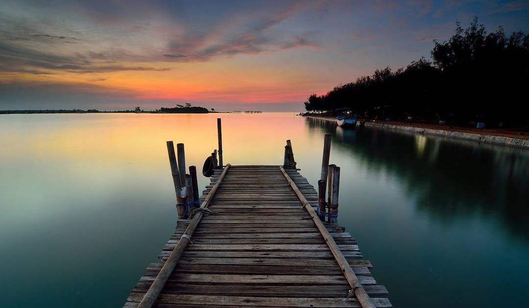 Gambar Manusia Dengan Alam Sekitar Pantai Pantai Marina Semarang Jawa Tengah Keindahan Alam Pesisir Download Tanjungbastianbea Pantai Pesisir Pemandangan