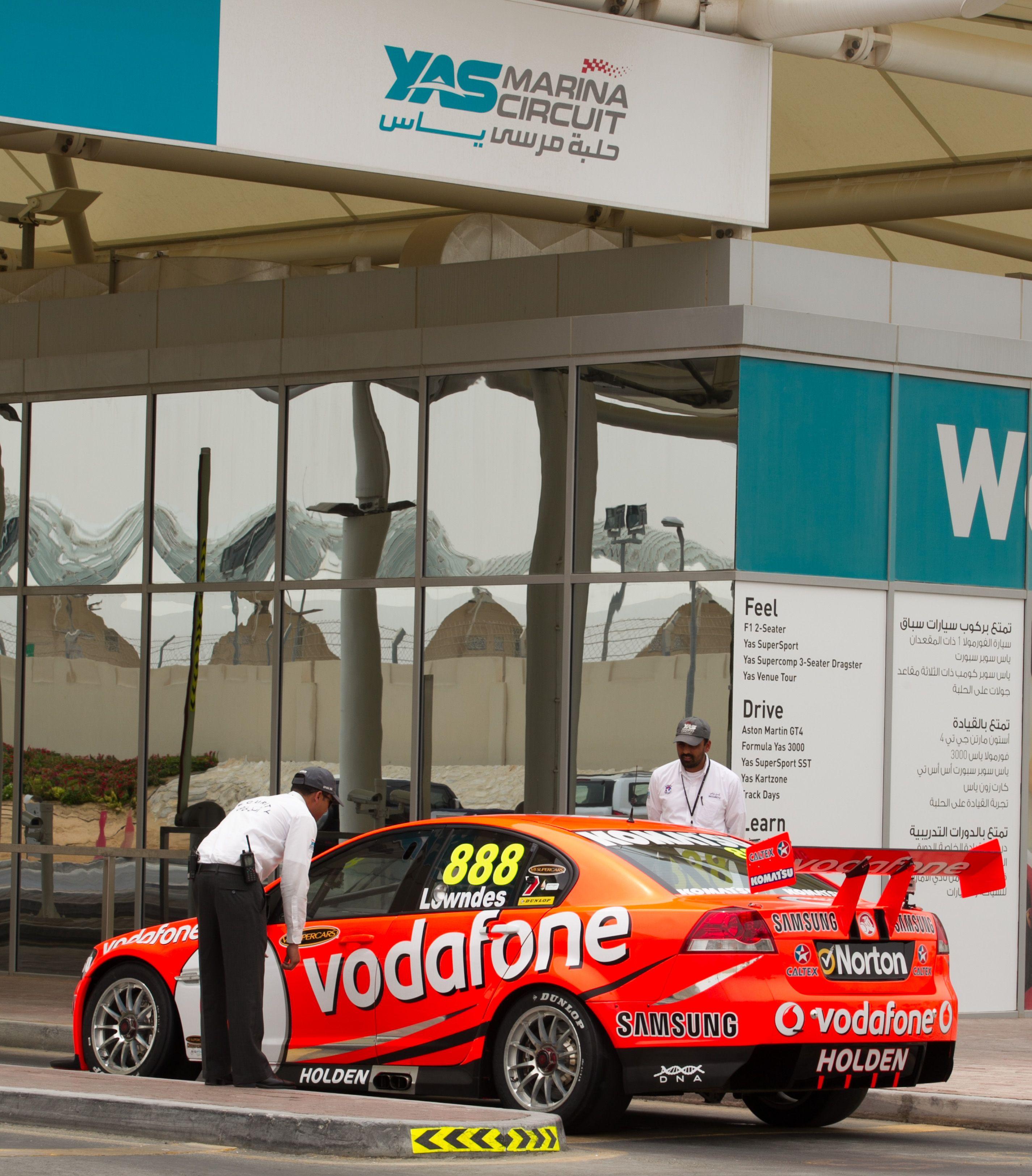 Australian V8 Supercar Drivers Holdsworth And Lowndes Arrive At Yas Marina Circuit Abu Dhabi In Preparati Abu Dhabi Grand Prix Circuit Australian V8 Supercars