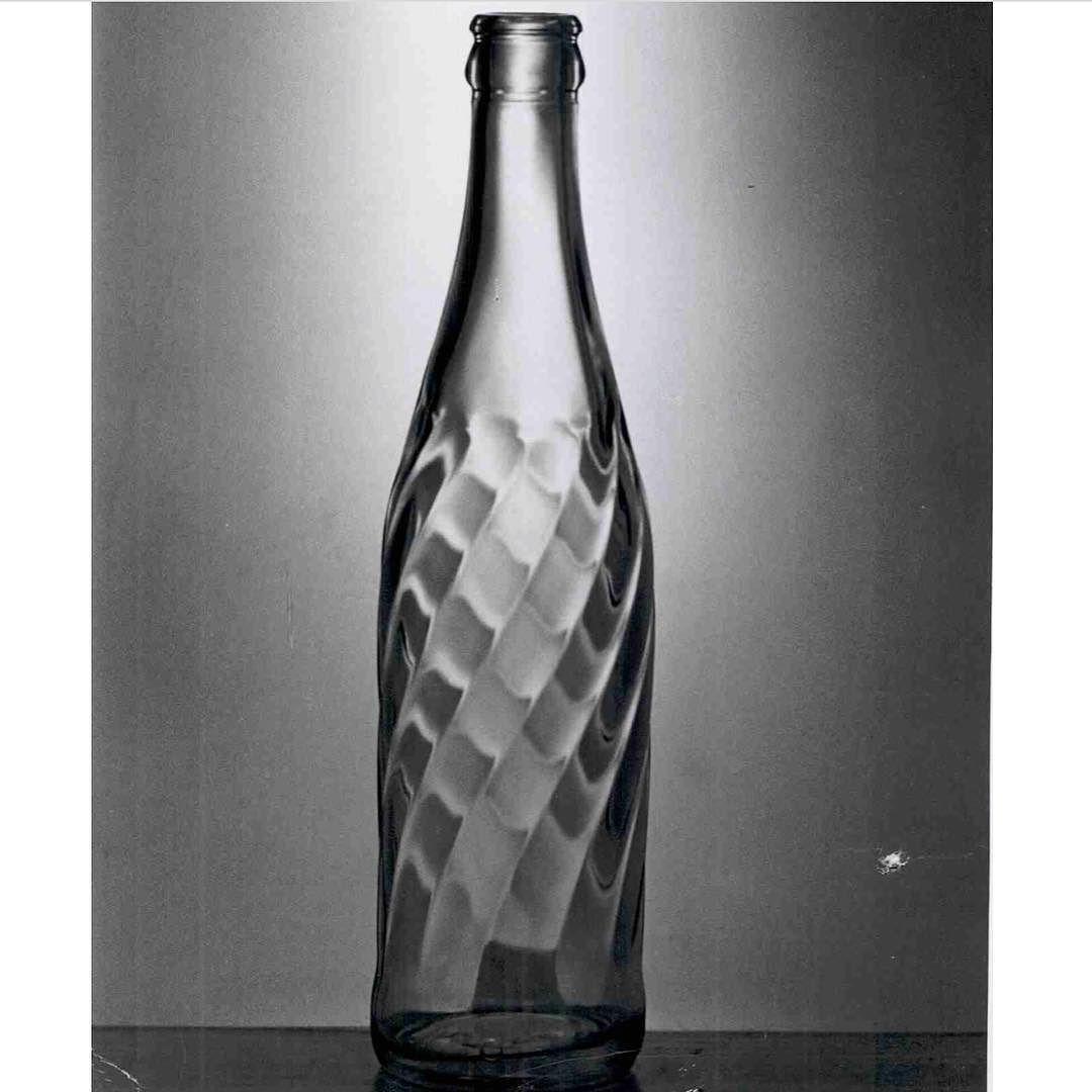 pepsi cola bottle history