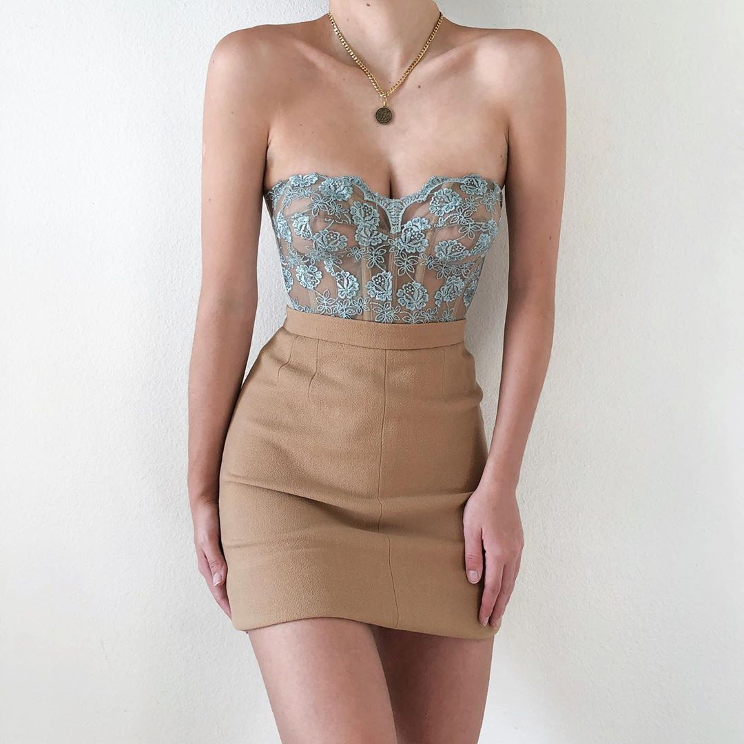 10 4k Likes 33 Comments Sororite Sororitevintage On Instagram One Of Our One Of A Kind Vintage Redeux Corsets St Fashion Fashion Outfits Fashion Inspo