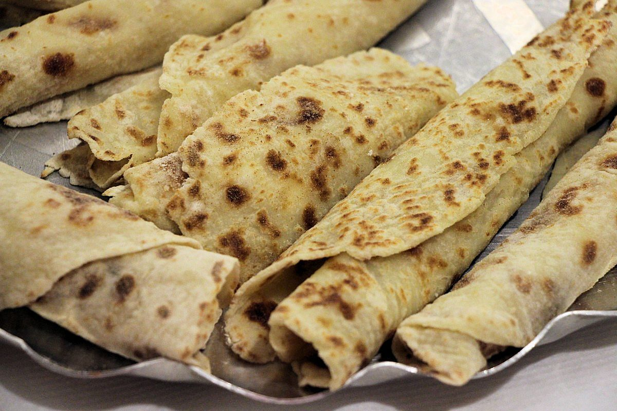 Norwegian potato lefse recipes plus pictures of how to bake them.