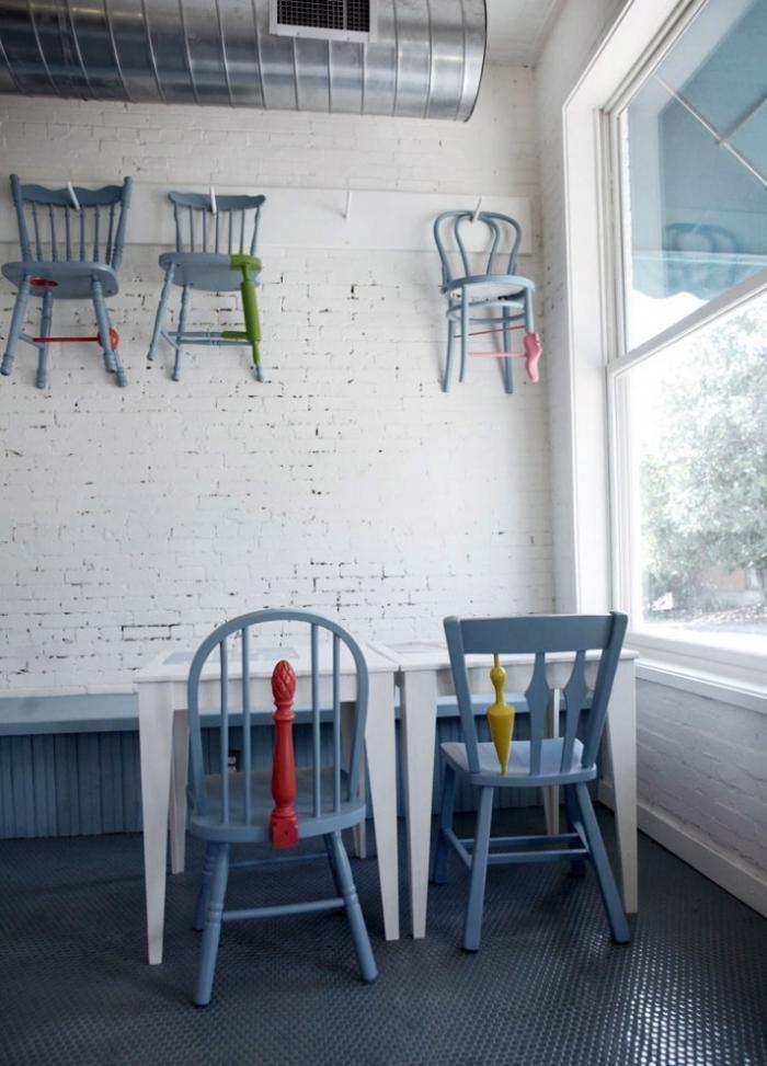 Annie Coggan chairs, musical
