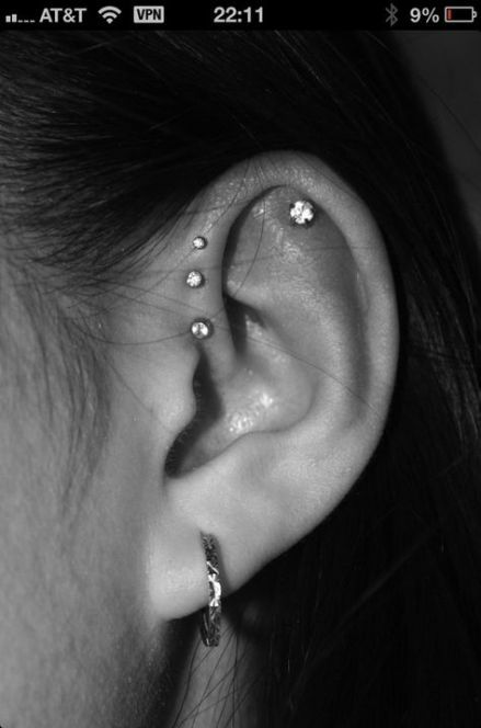 67+ idées percer des oreilles à l'intérieur   – Piercing
