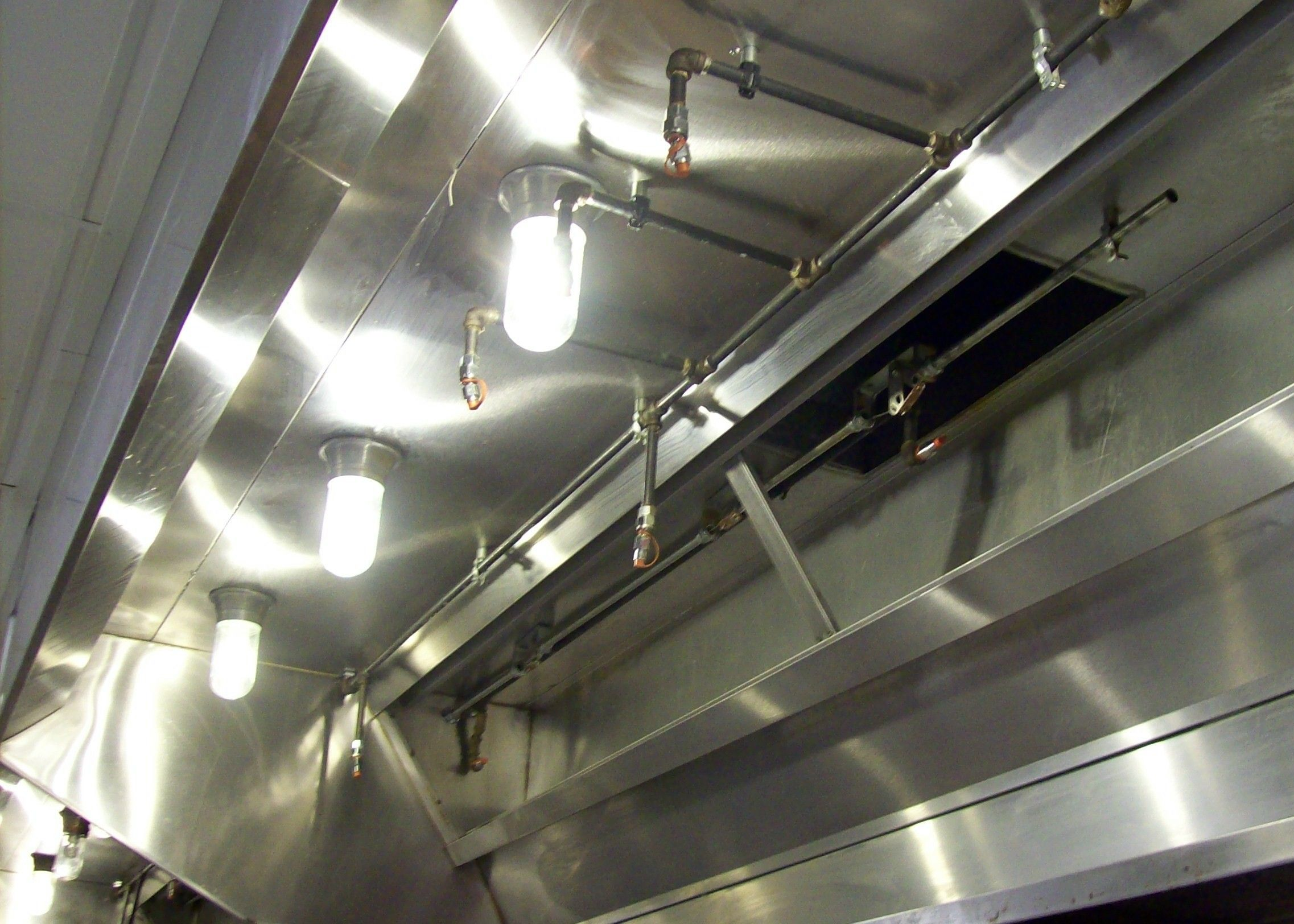 Commercial kitchen hood degreasing rocky mountain - Commercial kitchen vent hood designs ...