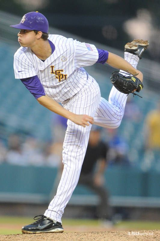 Aaron Nola Pitching In The Wally Pontiff Jr Classic In New Orleans Agains Southern Miss The Tigers Won 8 3 Aaron Nola Lsu Tigers Baseball College Baseball
