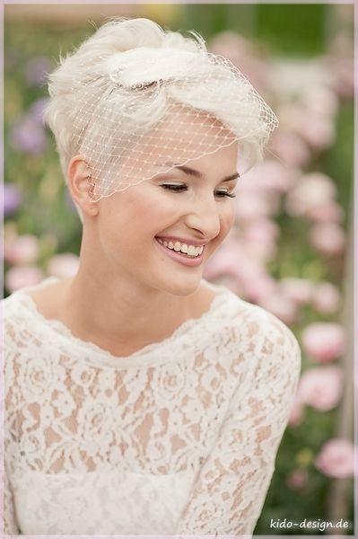 Brautschleier Haarschmuck Hochzeit Brautschmuck Bella 11 Ein