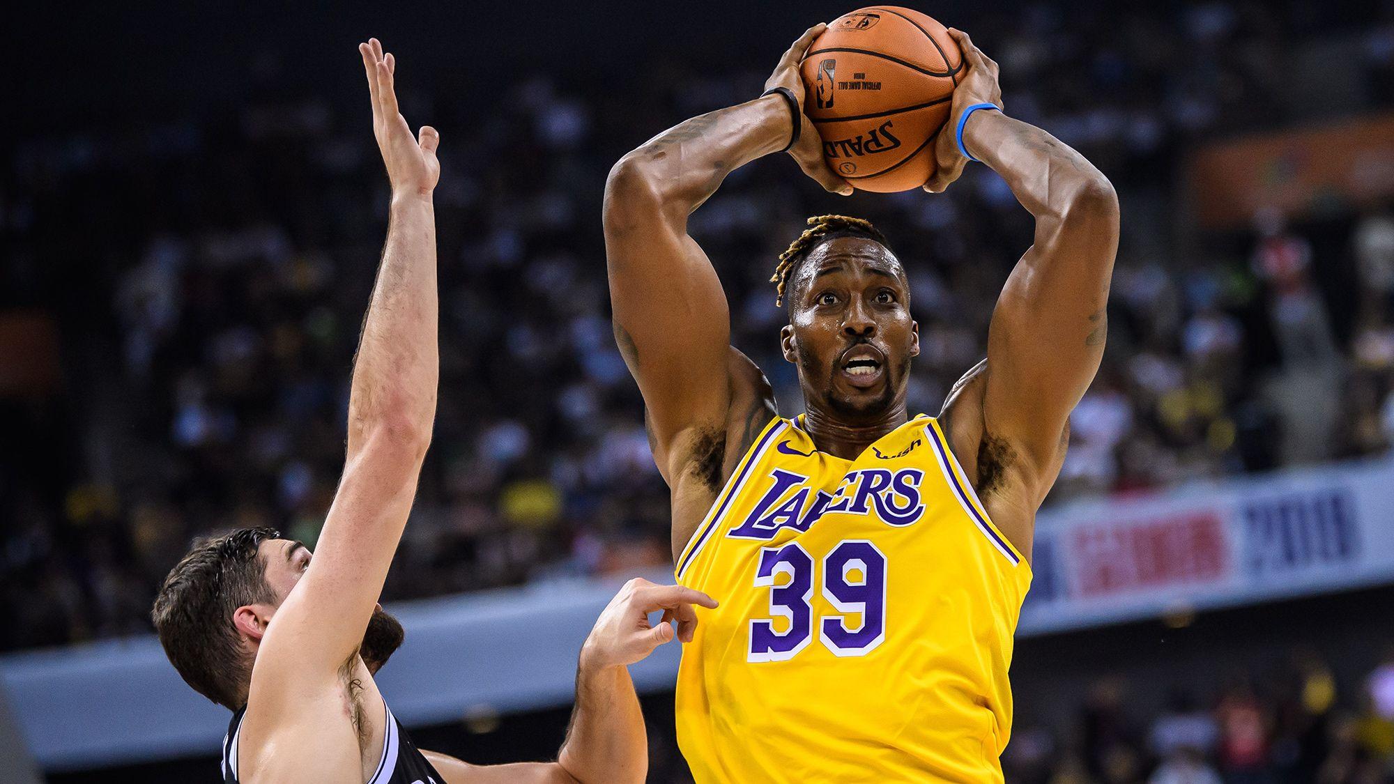 Lakers Dwight Howard Selling Plush Dc Penthouse In A Converted School In 2020 Dwight Howard Lakers Dwight