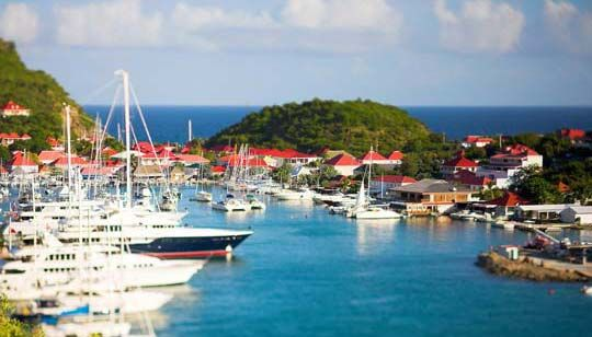 Wishin' I were in the Caribbean today...maybe in St. Barts....