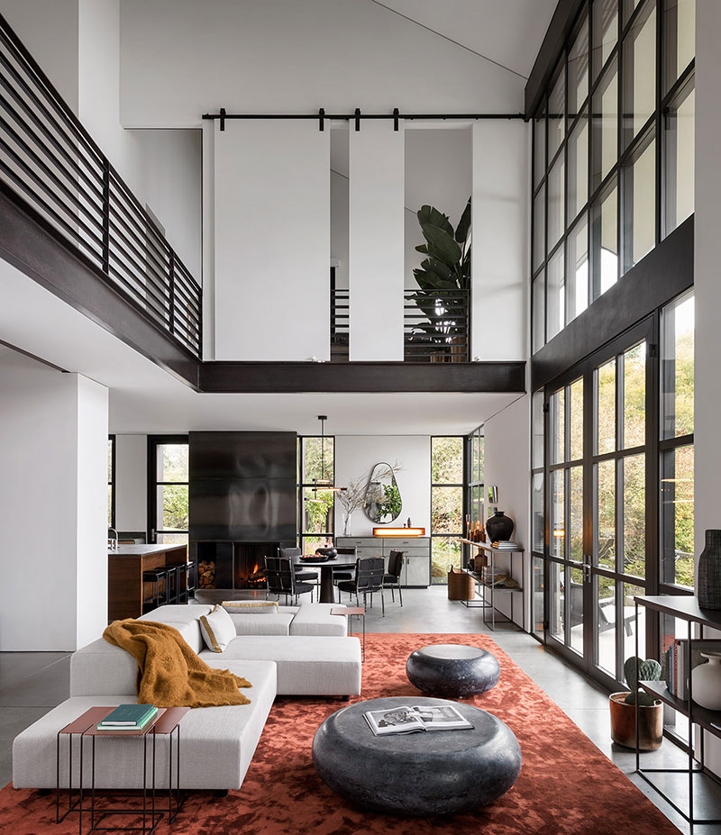 Double Height Ceiling And Unusual Furniture Modern Bay House In Washington Photos Ideas Design High Ceiling Living Room House Design Living Room Modern