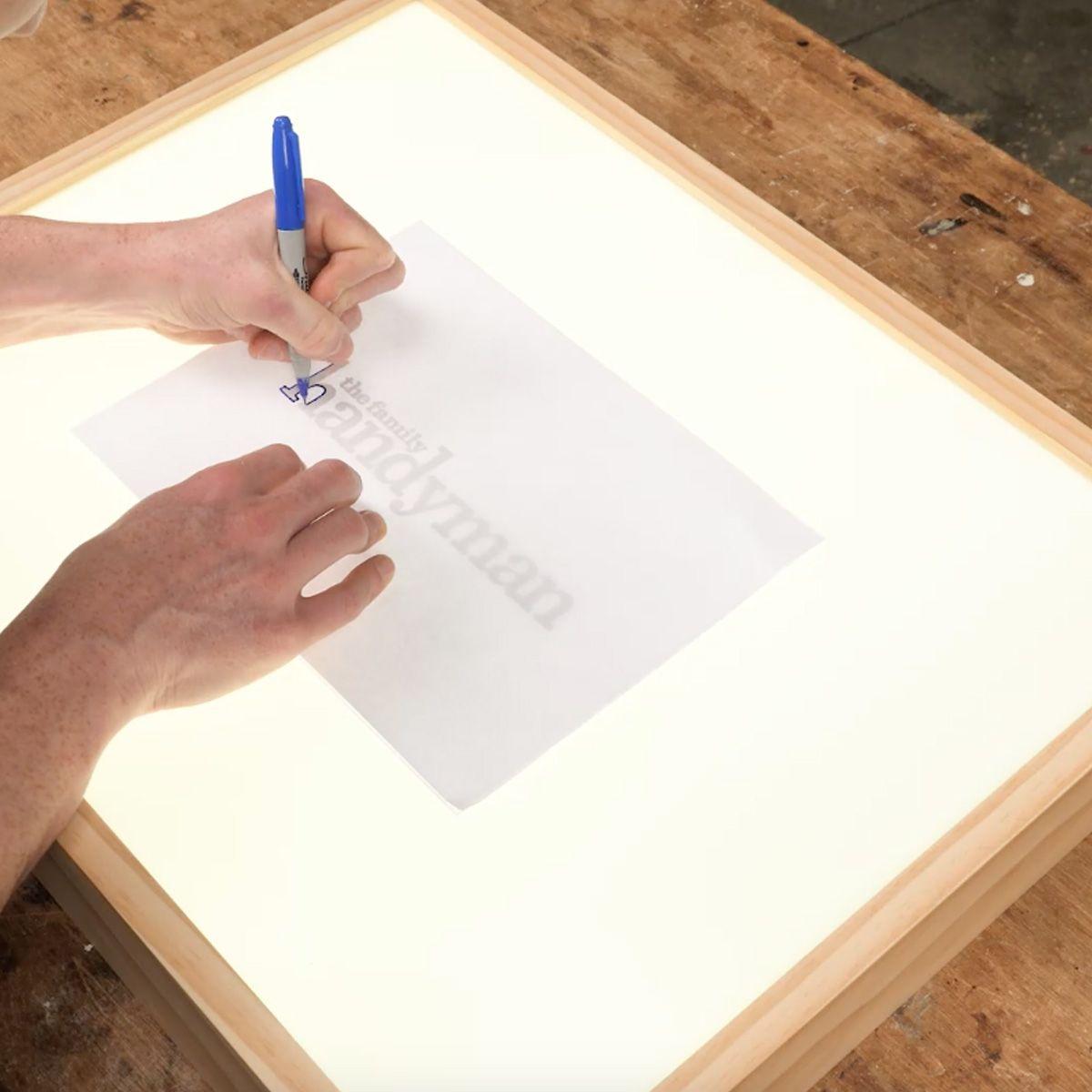 How To Build A Quick Diy Light Box Light Box Diy Diy Light Table Light Box For Tracing