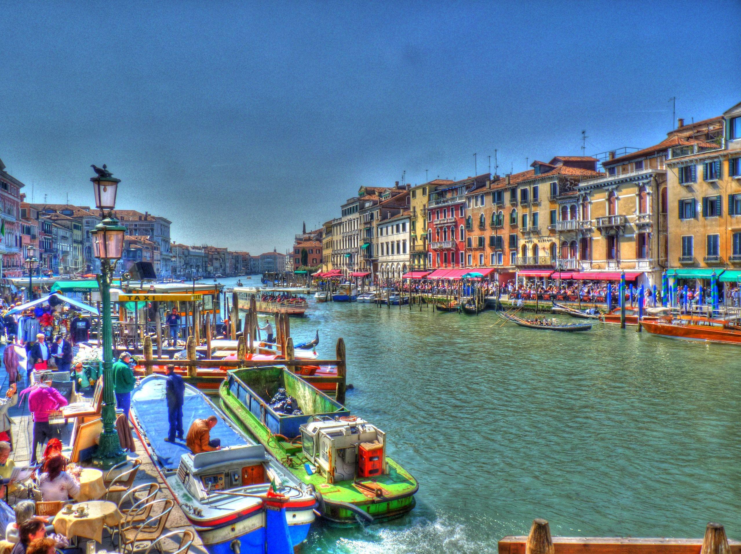 Venice (Italy) by G Raybaud
