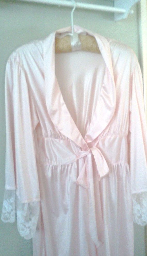 Vintage Pink Silky Lace Robe Wrap style Sexy by WeeLambieVintage, $15.00
