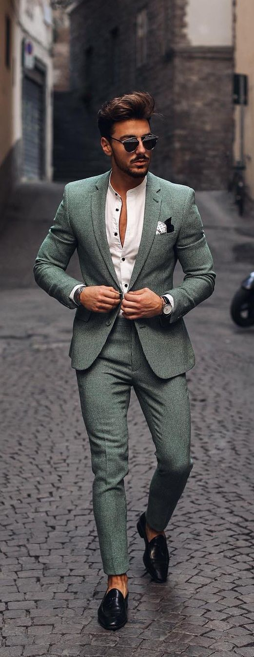 11 Tips To Ace Suit Styling With Ease In 2020 Fashion Suits For Men Stylish Mens Outfits Mens Trendy Outfits
