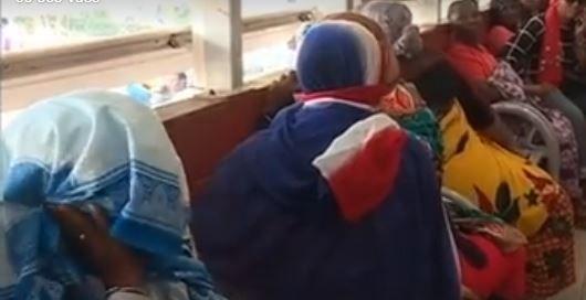 Mayotte: des manifestants se sont introduits dans un hôpital et  s'en sont pris aux malades comocos