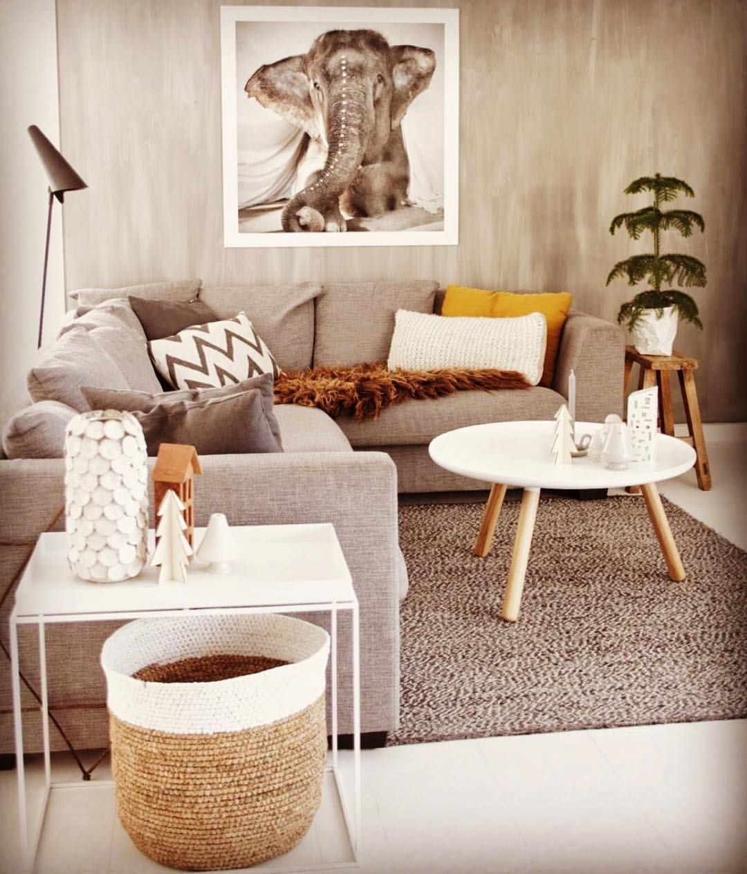 African Style Living Room Pin By Eva K On Modern African Themed Spaces Living Room Grey