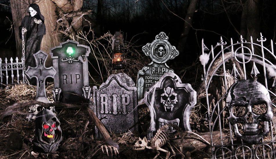 Spooky Nights Graveyard Scene Halloween Scene Halloween Yard Decorations Halloween Decorations
