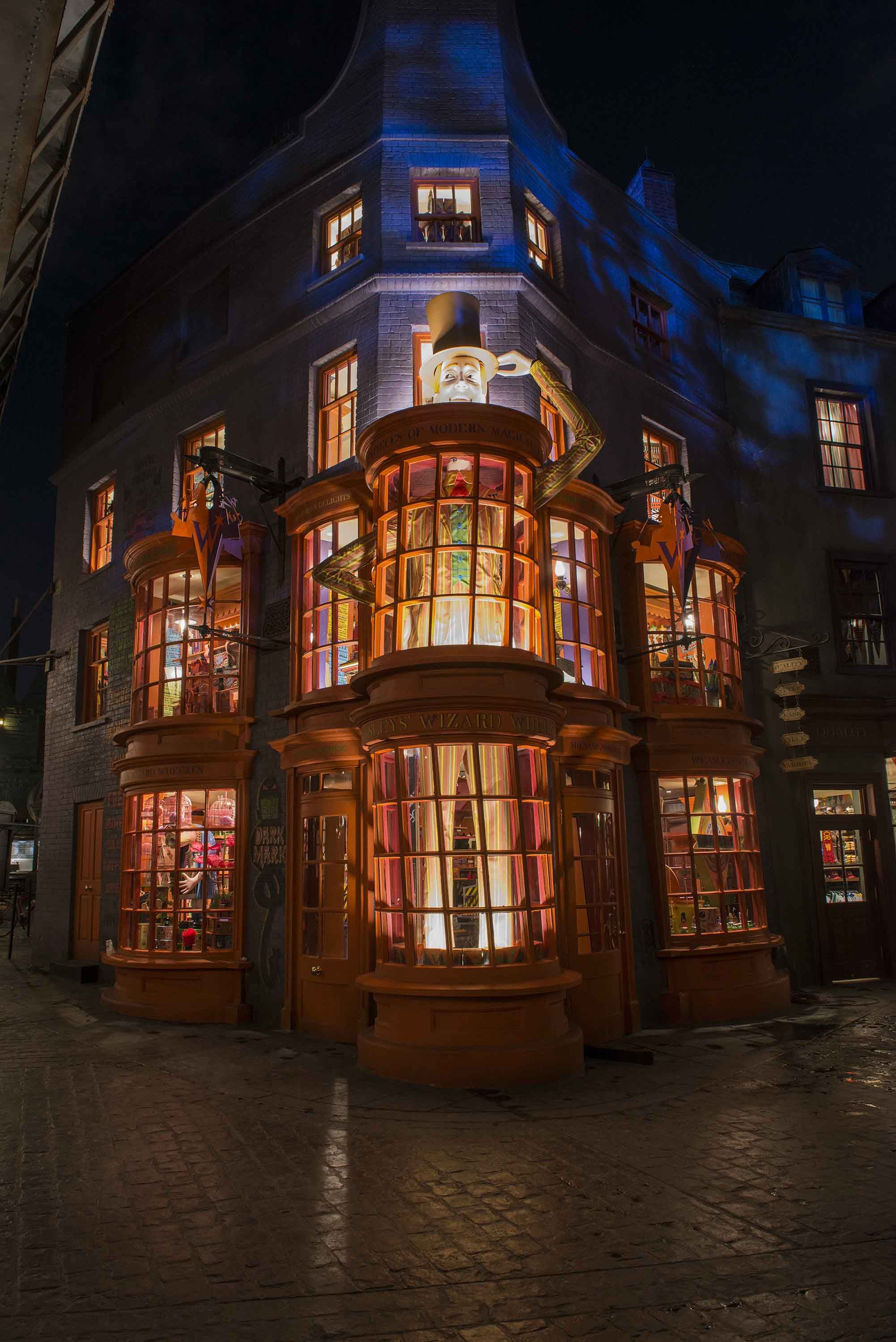 Weasley's Wizard Wheezes at the Wizarding World of Harry Potter