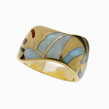 BRACCIALE RIGIDO, TIFFANY & CO, AMERICA, 1981 - oro giallo, madreperla e smalti #2 ASTA ONLINE Gioielli del Novecento - Lotto n. 39 #tiffany #auction #bracelet #enamel #tiffanyeco #golden #motherofpearl #florence #luxury #rich #jewels #jewellery