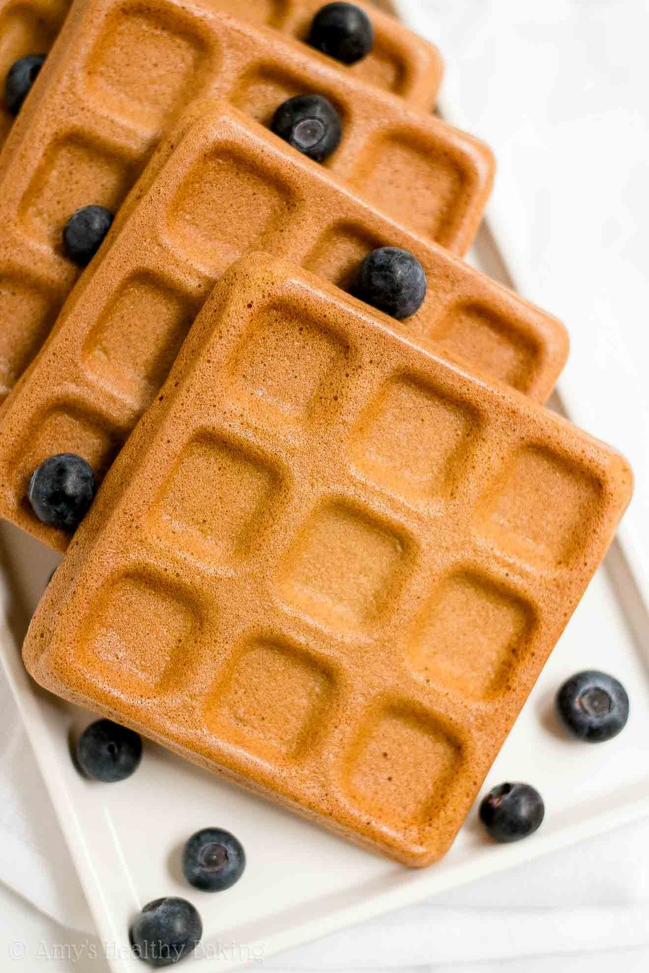 The Best Healthy Buttermilk Waffles Only 102 Calories They Re Truly Perfect Light Fluffy Crispy On The Outside And Baked In Low Calorie Oatmeal Cookie