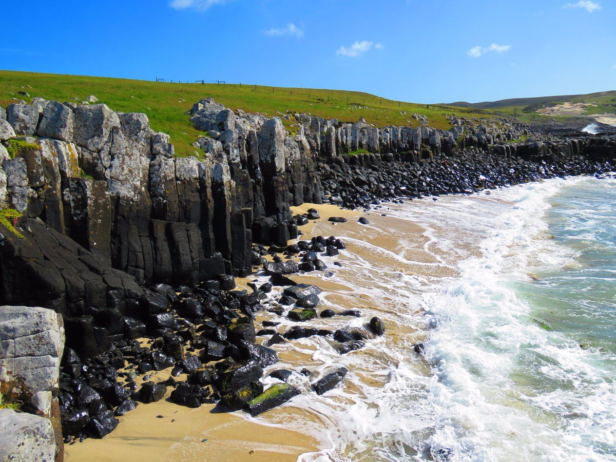 Basalt columns, Ohira Bay, Chatham Islands, New Zealand - Chatham ...