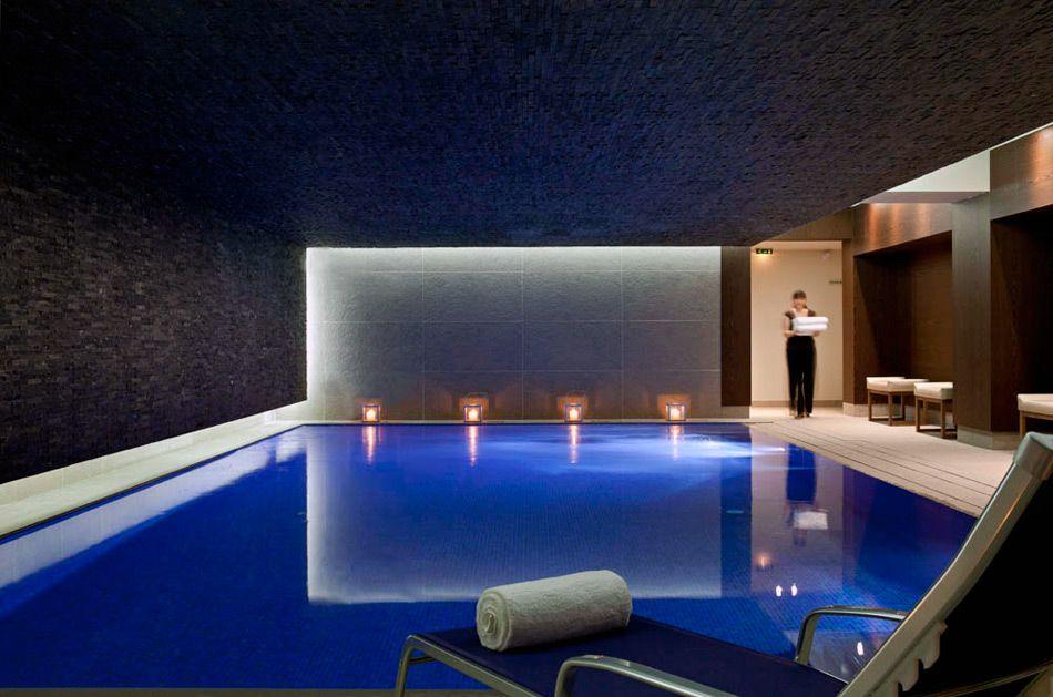 Pin by laurence perez on piscine interieur Pinterest Indoor - location chalet avec piscine interieure